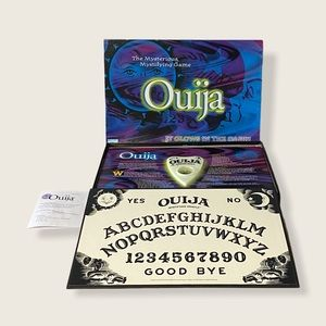 Parker Brothers Ouija Board Glows in the Dark 2001
